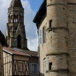 La tour ronde et la collégiale de Saint Léonard de Noblat