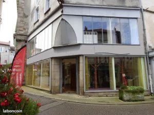immeuble avec local commercial à louer à Saint Léonard